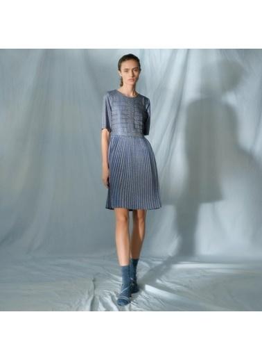 Yargıcı Nervür Detaylı Elbise Mavi